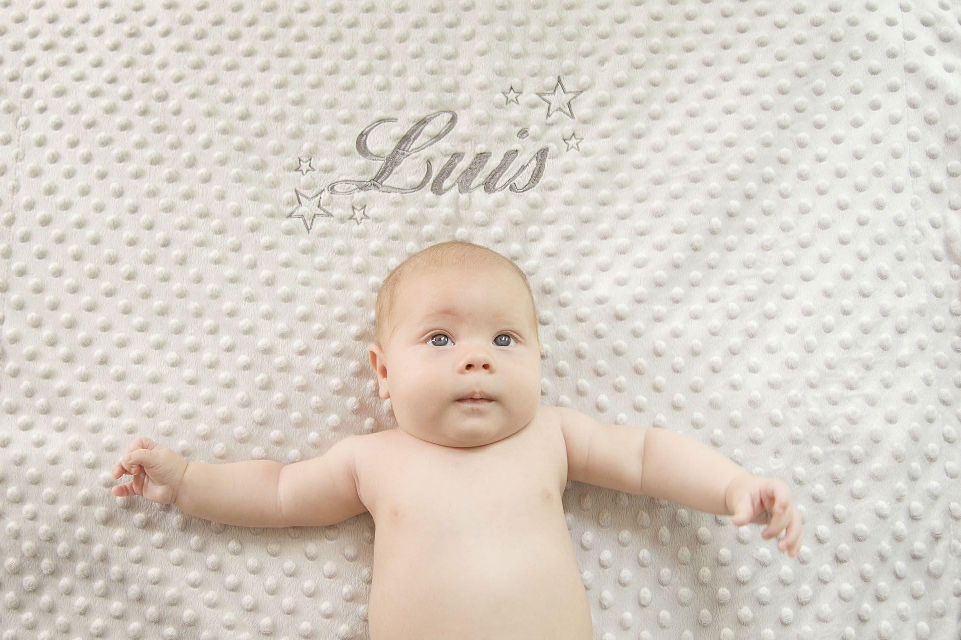 angela coronel-fotografia-sesion bebe-ciempozuelos-luis