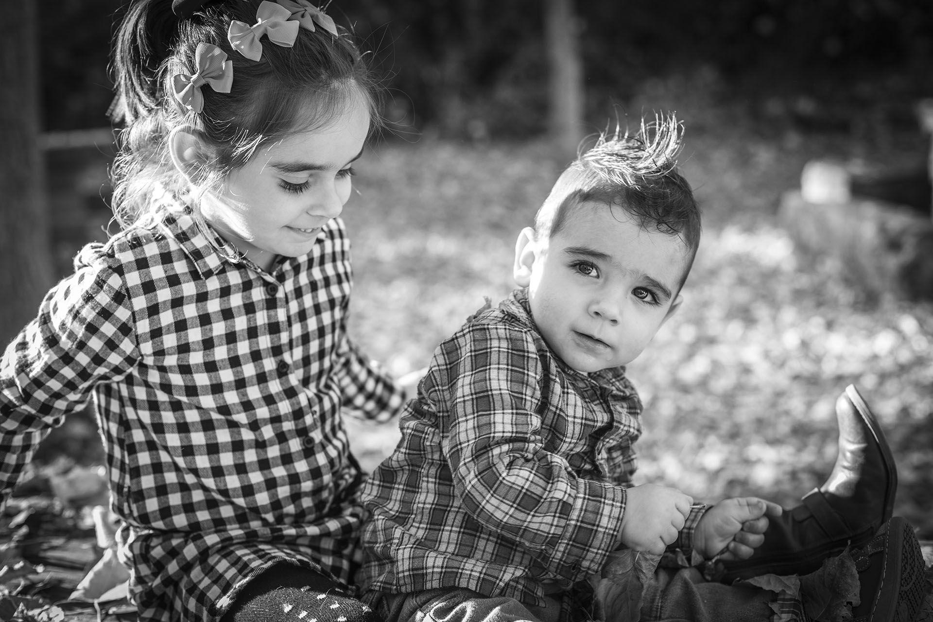 angela coronel-fotografia-sesion infantil-molina de aragon-ari izan